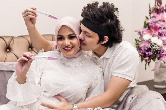 Youtuber Atta Hallilintar umumkan kehamilan Aurel
