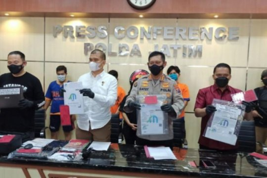 Polisi tangkap komplotan pembuat surat tes