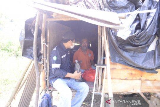 PT Timah bagikan 7.600 paket sembako bantu warga berlebaran