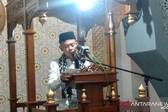 Bupati Bangka apresiasi penerapan prokes jamaah Ied