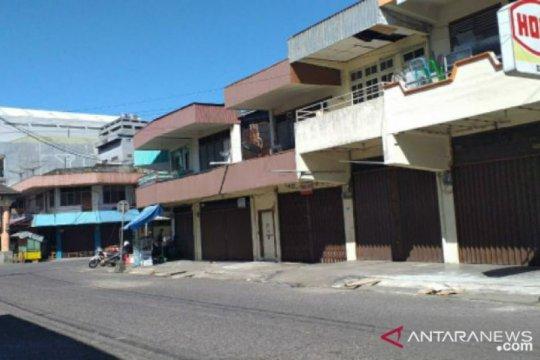 Hari kedua lebaran, kondisi pasar Tanjung Pandan tampak sepi