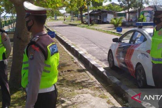 Polisi Bangka Barat pantau penutupan sementara destinasi wisata