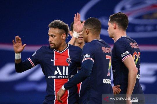 Mbappe memimpin PSG mempertahankan trofi Piala Prancis
