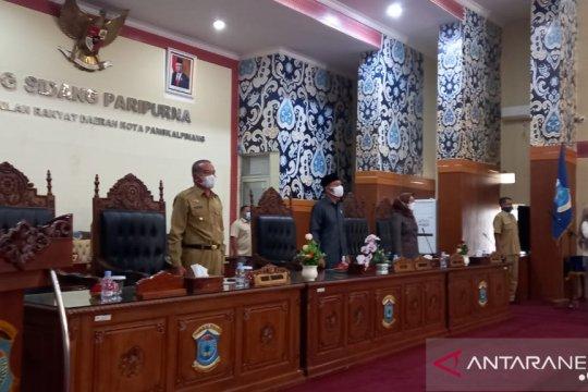 DPRD Pangkalpinang gelar paripurna terkait pandangan fraksi atas tiga Raperda