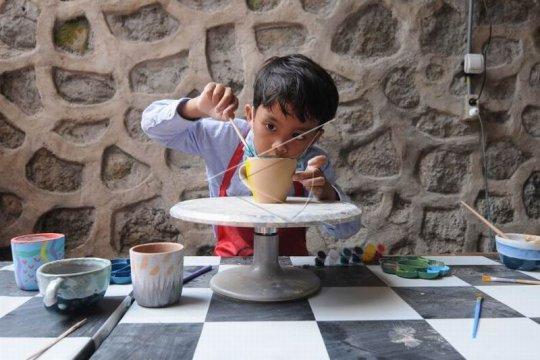 Kerajinan keramik pasar ekspor Page 2 Small