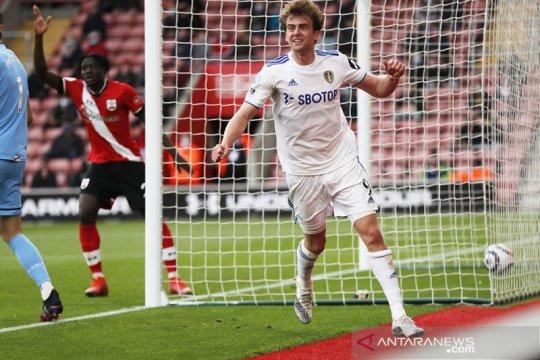 Leeds taklukkan Southampton 2-0