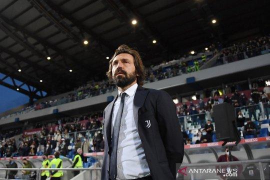 Juventus pecat pelatih Andrea Pirlo dan menggantikannya dengan Allegri