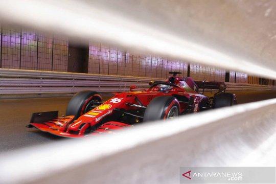 Sesi latihan jelang balapan mobil F1 seri Monaco Grand Prix