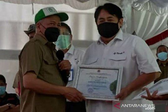 Dirut PT Timah raih penghargaan peduli satwa Kementerian LHK