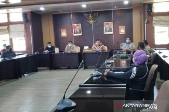 Soal Izin Tambang di Mengkubung, AMPIPB Gelar Aksi Damai di DPRD Babel