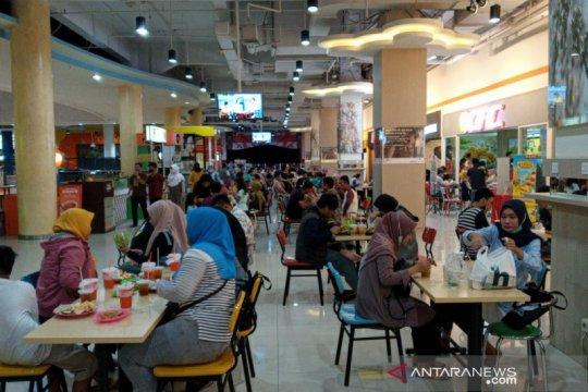 Pemkot Surakarta  evaluasi kemungkinan pelanggaran prokes di mal