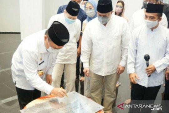 Gubernur Babel resmikan masjid megah peninggalan pendiri JNE