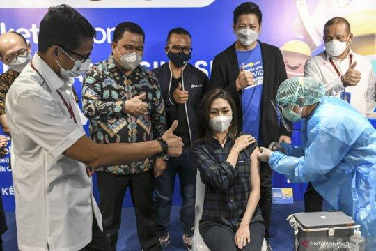 Sandiaga Uno imbau masyarakat tidak pilih-pilih vaksin