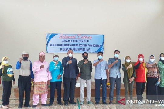 Komisi III DPRD Bangka Barat kunjungi desa APJ di Belitung