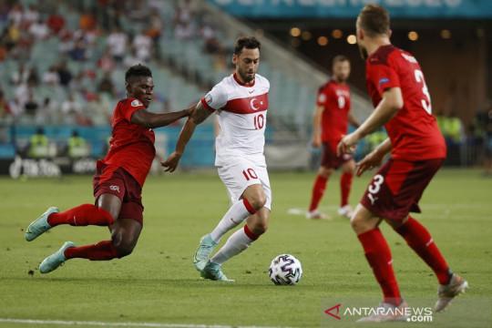 Tim nasional Swiss membekap Turki 3-1