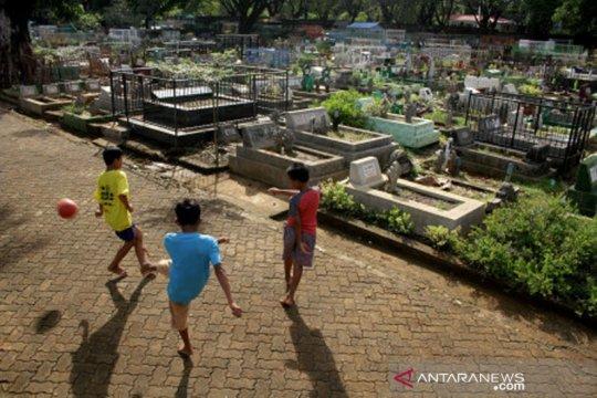 Pemanfaatan area TPU jadi RTH di Makassar
