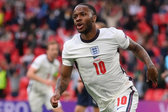Sterling kembali cetak gol saat Inggris kalahkan Ceko 1-0