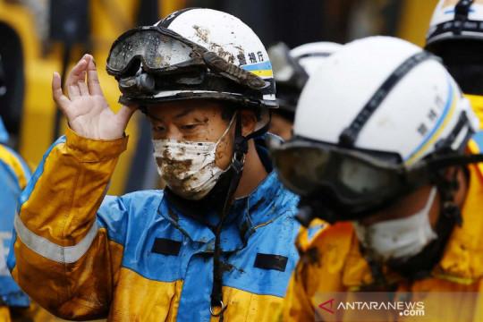 Jepang teruskan pencarian 24 korban longsor