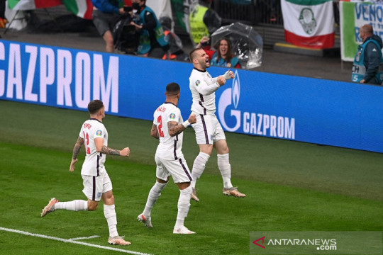 Luke Shaw memecahkan rekor sebagai pencetak gol tercepat di Euro