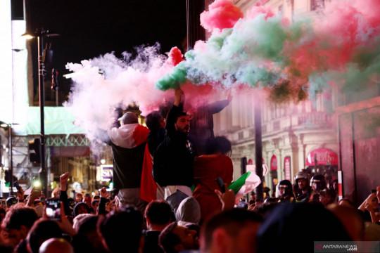Kepolisian Inggris tangkap 49 orang usai ricuh di Final Euro 2020