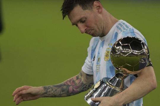 Messi lanjutkan kontrak lima tahun dengan Barcelona