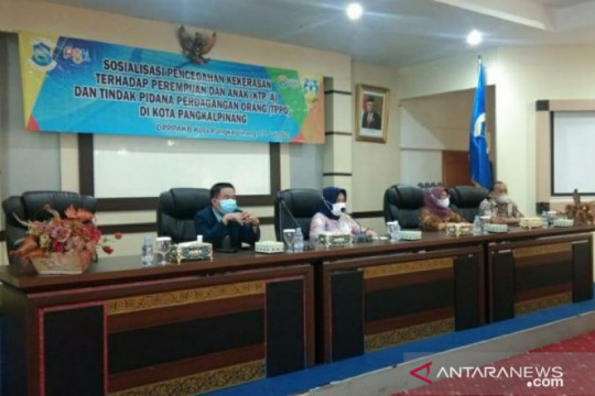 Sekda Pangkalpinang buka sosialisasi pencegahan kekerasan perempuan, anak dan perdagangan orang