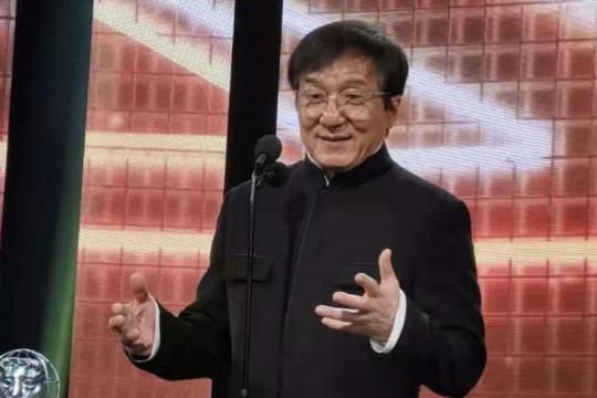 Jackie Chan ingin jadi anggota Partai Komunis China