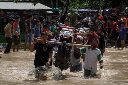 Banjir di Cilacap Page 3 Small
