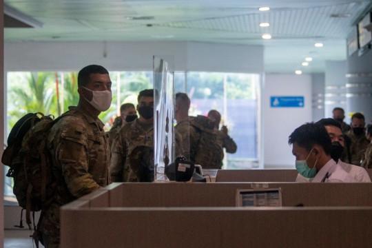 Prokes ketat sambut kedatangan 330 tentara Amerika Serikat di Palembang