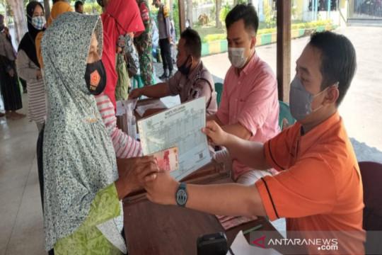 Pemkab Batang salurkan bansos tunai kepada 45.000 keluarga