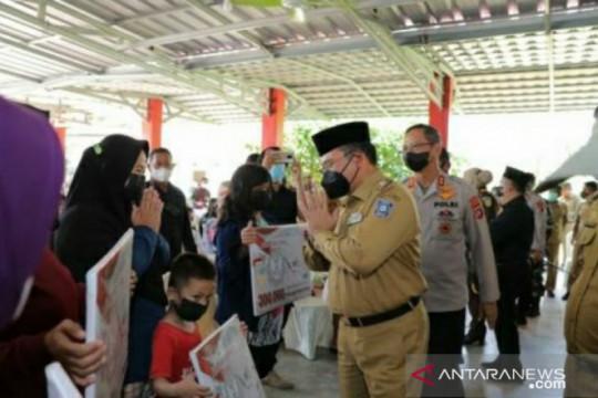 Gubernur Babel salurkan langsung bantuan beras PPKM ke warga Bangka Selatan