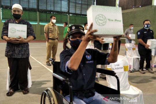 Pura Kudus salurkan 5.000 paket sembako untuk warga terdampak pandemi