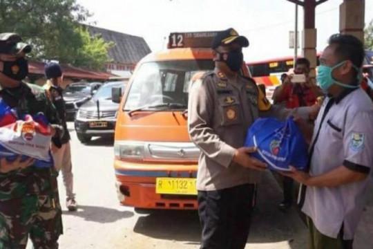 Polres-Kodim Purbalingga bagikan sembako untuk warga terdampak COVID-19