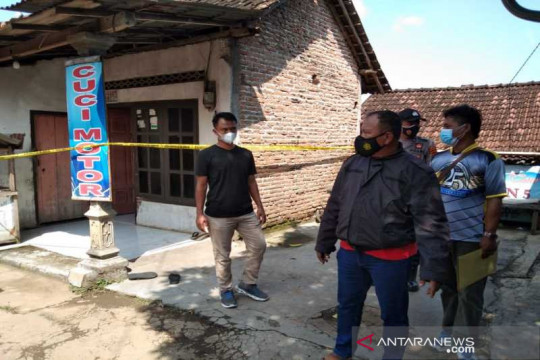 Polisi libatkan informan buru pelaku kasus bakar korban hingga  tewas