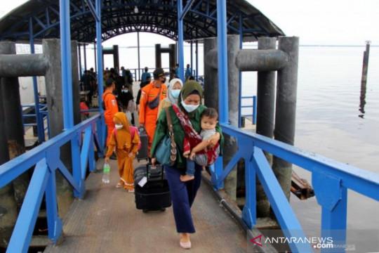Gubernur: Penumpang kapal di Pelabuhan Tanjung Kalian wajib vaksin COVID-19