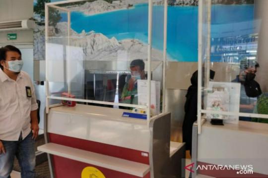 Bandara Depati Amir wajibkan penumpang maskapai unduh Aplikasi PeduliLindungi