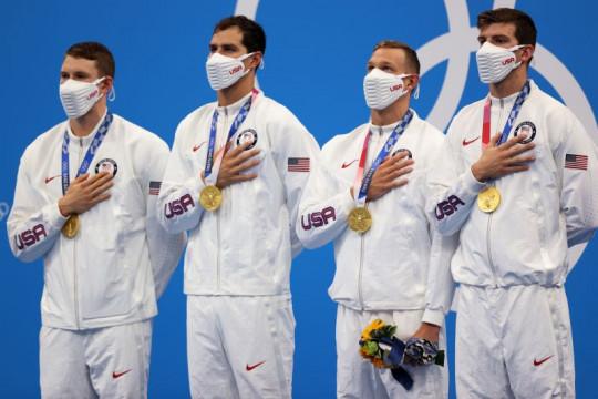 AS pecahkan rekor dunia, raih emas gaya ganti estafet putra Olimpiade