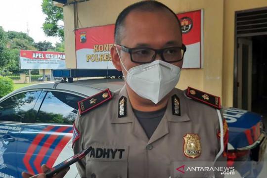 Cegah mobilitas warga, Polres Surakarta tutup enam ruas jalan