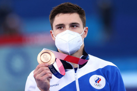 Pesenam Nikita Nagornyy rebut tiga medali Olimpiade sambil berjuang melawan batu ginjal