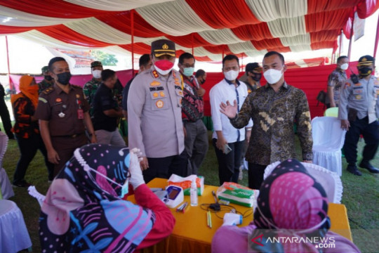 Polres-Pemkab Batang target vaksinasi 4.200 orang
