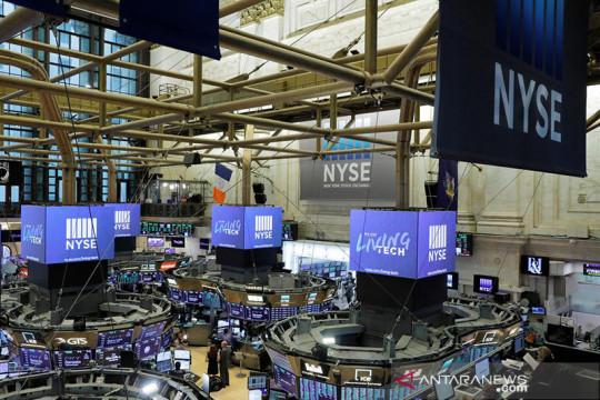 Wall Street Kamis pagi ditutup beragam di tengah risalah Fed dan data ekonomi
