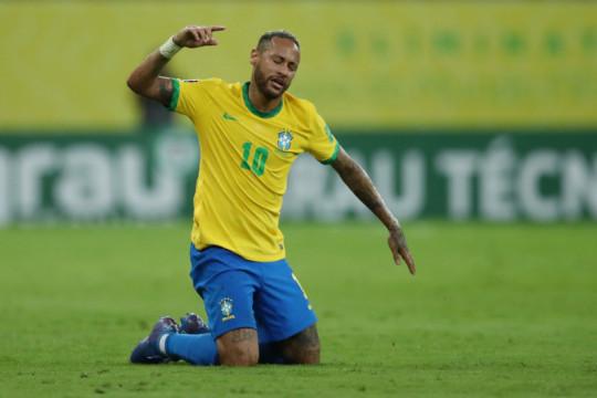 Neymar mengeluh tak dapat penghormatan dari penggemar