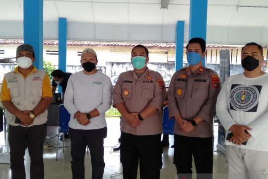 Polres Bangka- DPD KNPI sinergi berikan layanan vaksinasi