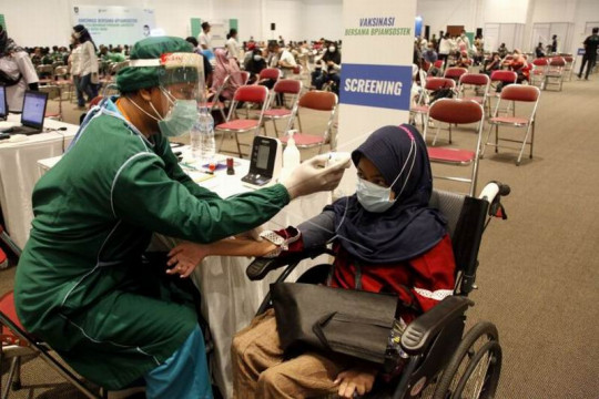 Capaian vaksinasi di Kota Surakarta Page 1 Small