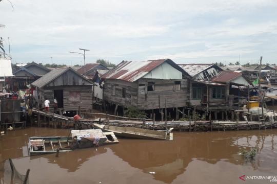 Pemkab Bangka Tengah merelokasi rumah sebagian warga pesisir