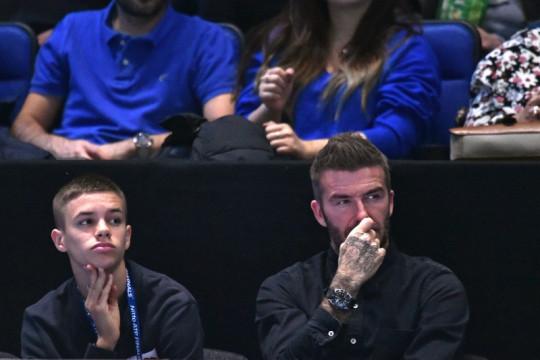 Phil Neville terkesan dengan debut anak David Beckham