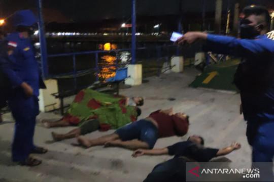 Polres Bangka Barat Evakuasi ABK Kapal KMP Musi di Perairan Tanjung Kalian