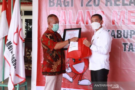 Bupati Bangka berikan penghargaan 120 pendonor darah aktif