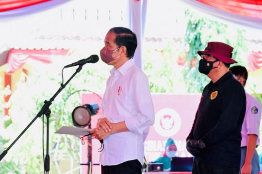Presiden Jokowi tinjau program vaksinasi massal BIN