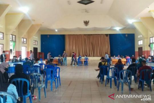 NasDem Belitung gelar vaksinasi COVID-19 untuk masyarakat